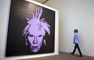 USA: Skradziono cenne płótna Warhola