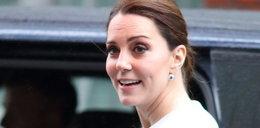 Księżna Kate za 3 miesiące urodzi. Jak dziś wygląda?