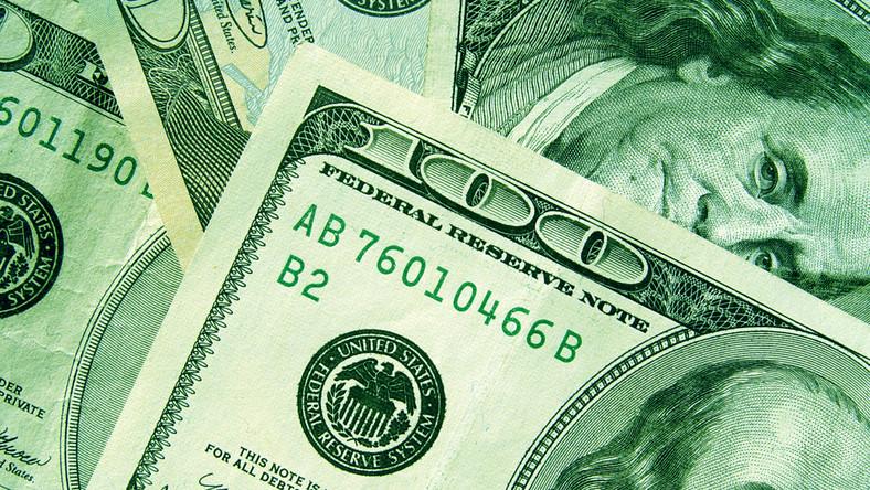45 tysięcy dolarów - tyle wypadałoby na głowę przeciętnego Amerykanina, gdyby rekordowy dług podzielić na obywateli