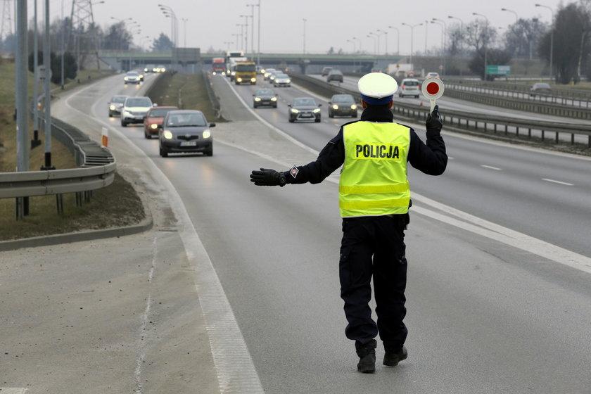 Wzmożone policyjne kontrole na obwodnicy Trójmiasta