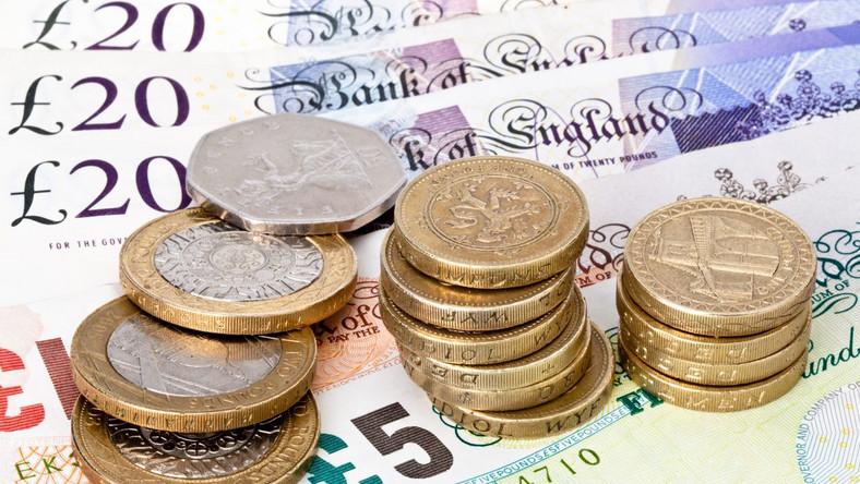 Wielka Brytania ma dług największy w historii - ponad 1 bln funtów
