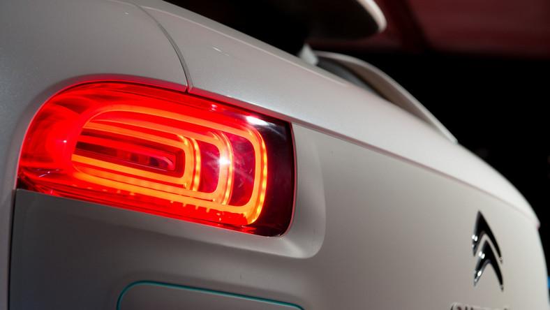Citroen ogłosił, że można już zamawiać najnowszy model o nazwie C4 cactus. Producent twierdzi, że samochód ma być tani w utrzymaniu i eksploatacji. Zobacz, ile w Polsce kosztuje świeży produkt francuskiej marki i co oferuje kierowcom. Oto szczegóły...