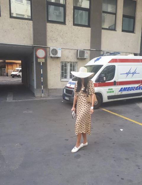 Smršala čak šest kilograma: Uslikali smo Katarinu Grujić po napuštanju bolnice! FOTO