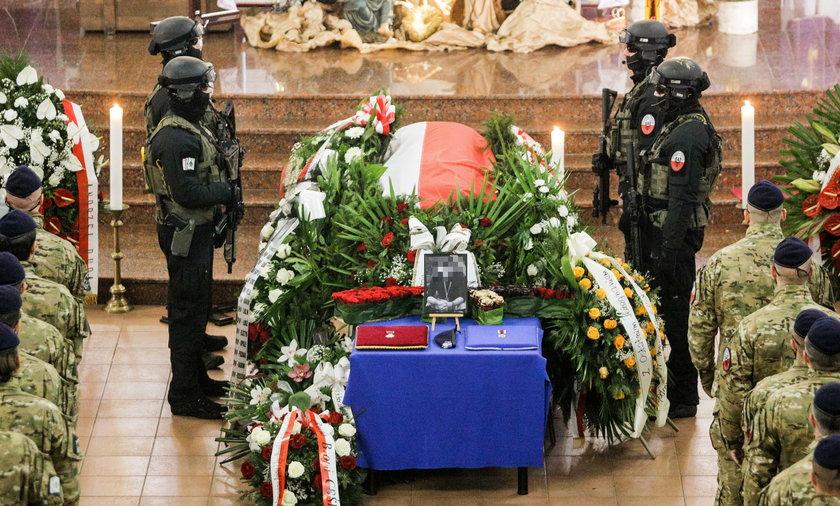 Pogrzeb antyterrorysty