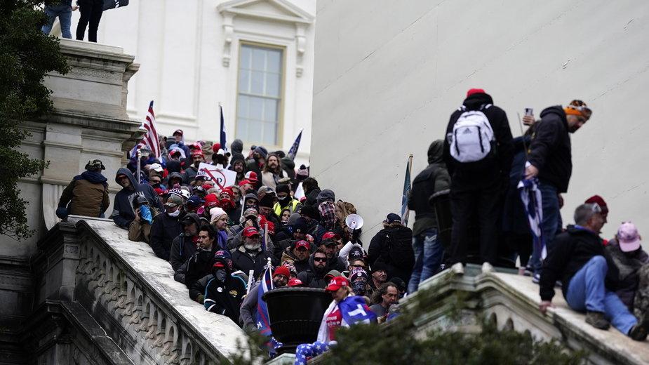 Zwolennicy Trumpa na Kapitolu, Waszyngton 6.01.2021 r.