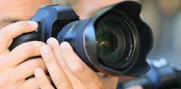Niesamowite! Odnaleziono właścicieli zgubionego aparatu. Wystarczyło zdjęcie
