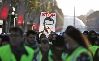 Francja: Macron kupuje spokój. Jego waluta to populizm i obietnice