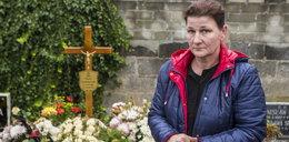 Pochował jej syna w cudzym grobie