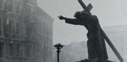 23 sierpnia: Powstańcy opanowują kościół św. Krzyża