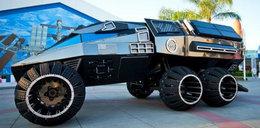 To nie batmobil. To wóz elektryczny