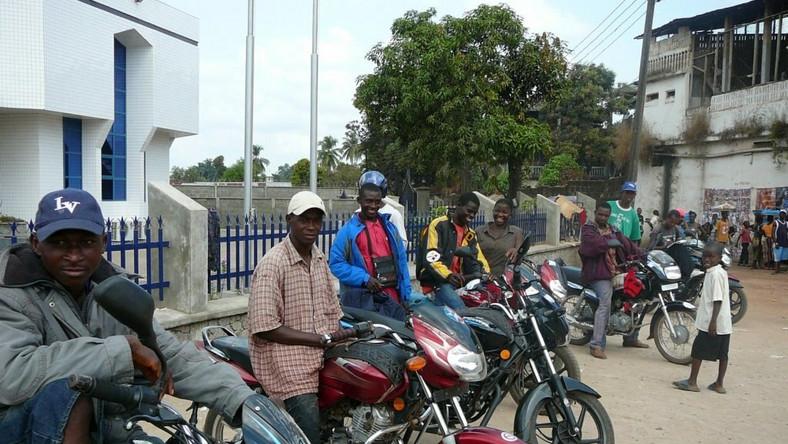 """Don't take bread out of our mouths,'' 'Okada/Keke' operators beg Sanwo-Olu (Herald)"