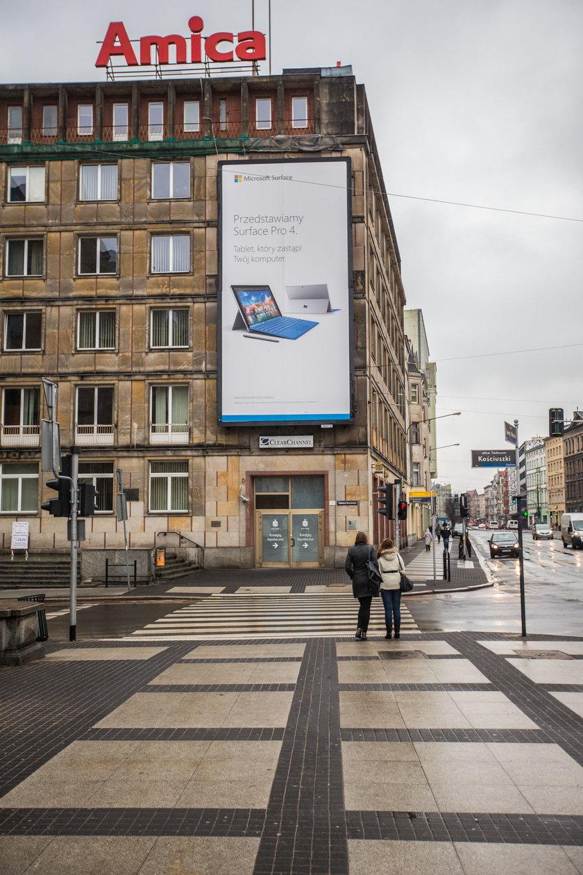 Radni chcą zrobić porządek z reklamami w centrum Poznania