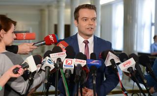Rzecznik rządu: W ocenie premier Misiewicz nie może być zatrudniony w MON