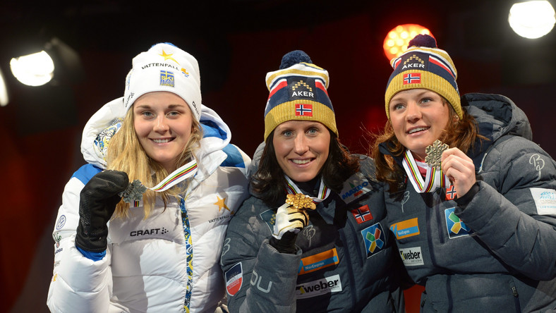 Marit Bjoergen (w środku)