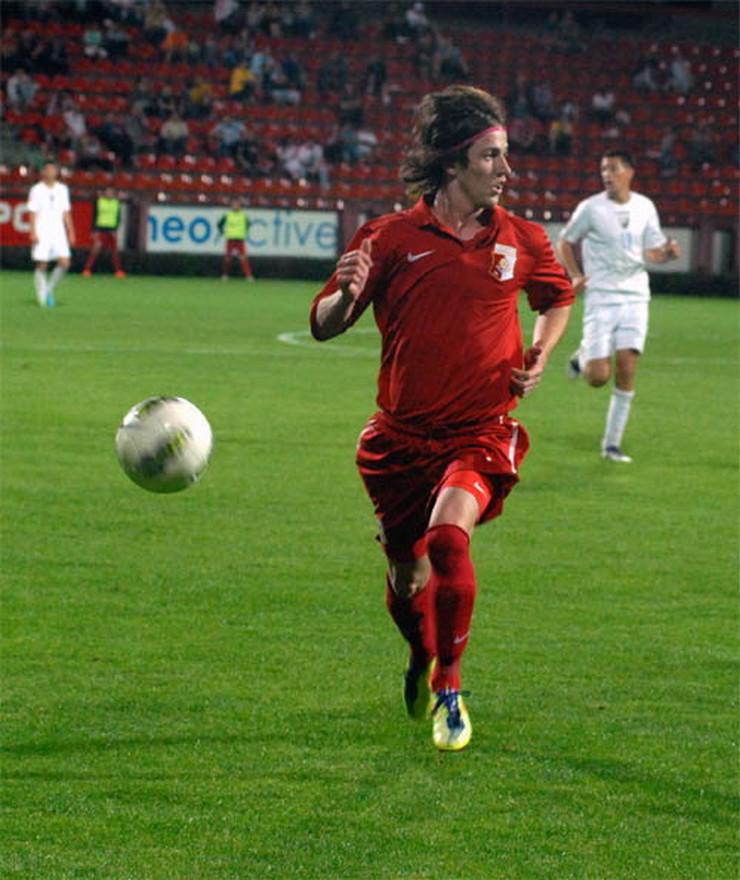 488835_krusevac02-nenad-gavric-je-postigao-deset-golova021212ras-foto-slavisa-milenkovic