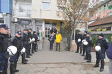 novi sad 2304 iseljavanje porodice Jaksic policija vatrogasci  foto robert getel
