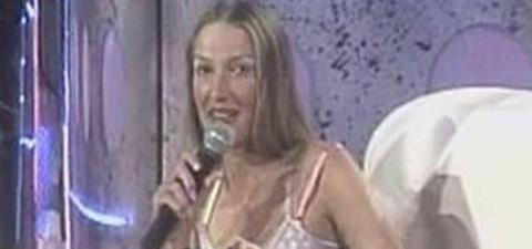 POVUKLA SE IZ MEDIJA: Nekada je bila slavna voditeljka, nestala, a juče je zablistala na svadbi Piksijeve ćerke! (FOTO)