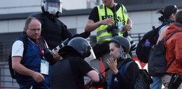 """Bicie, niszczenie sprzętu, aresztowania. OMON """"poluje"""" na dziennikarzy"""