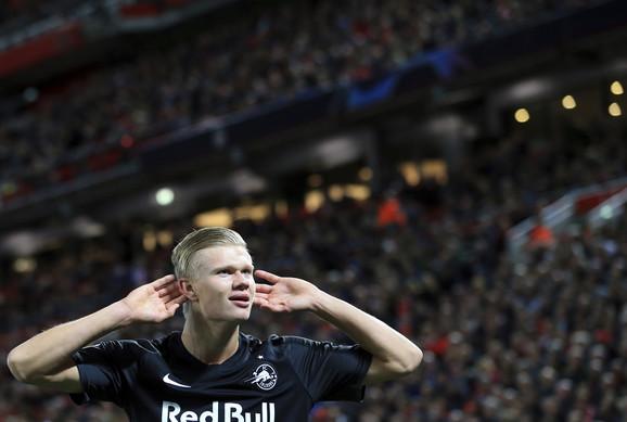 Mladi 19-godišnji Haland proslavlja gol protiv Liverpula