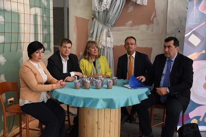 Slevanadesno: Gorica Đokić iz Udruženja