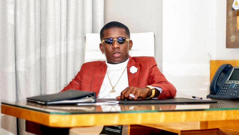 Small Doctor has told his Instagram followers to support President Muhammadu Buhari to come back to lead them one more time. [Instagram/iam_smalldoctor]