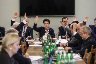Zmiany w ordynacji wyboczej PiS: Komisja za powoływaniem siedmiu członków PKW przez Sejm