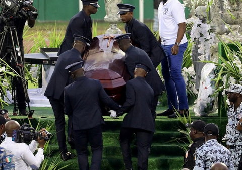 Dozen fans arrested for opening DJ Arafat's coffin