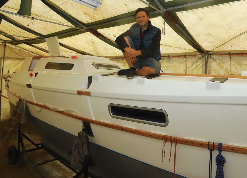 Zbudował statek w starym namiocie