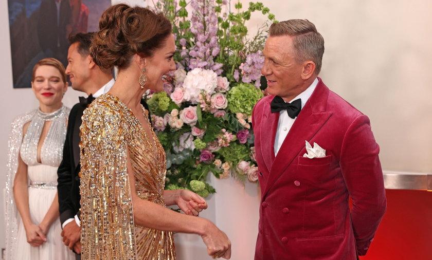 """""""No time to die"""". Gwiazdy na premierze nowego Jamesa Bonda."""