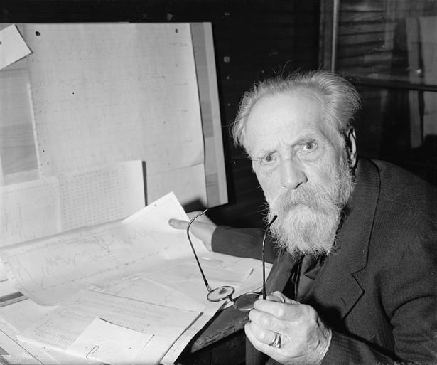 Henryk Arctowski By Harris & Ewing, photographer. [Public domain], via Wikimedia Commons