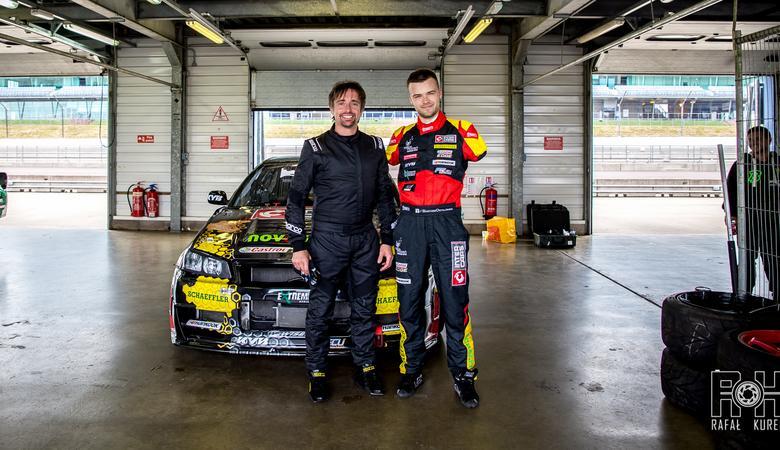 Bartosz Ostałowski - niezwykły drifter w Grand Tour | Wywiad