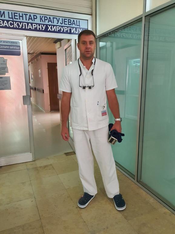 Saša Sretenović, vaskularni hirurg