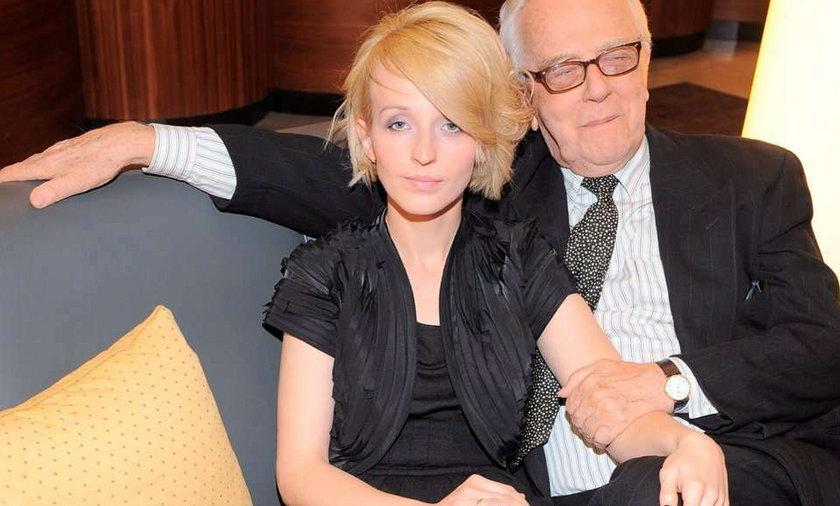 Kamila Łapicka dostała pracę dzięki mężowi