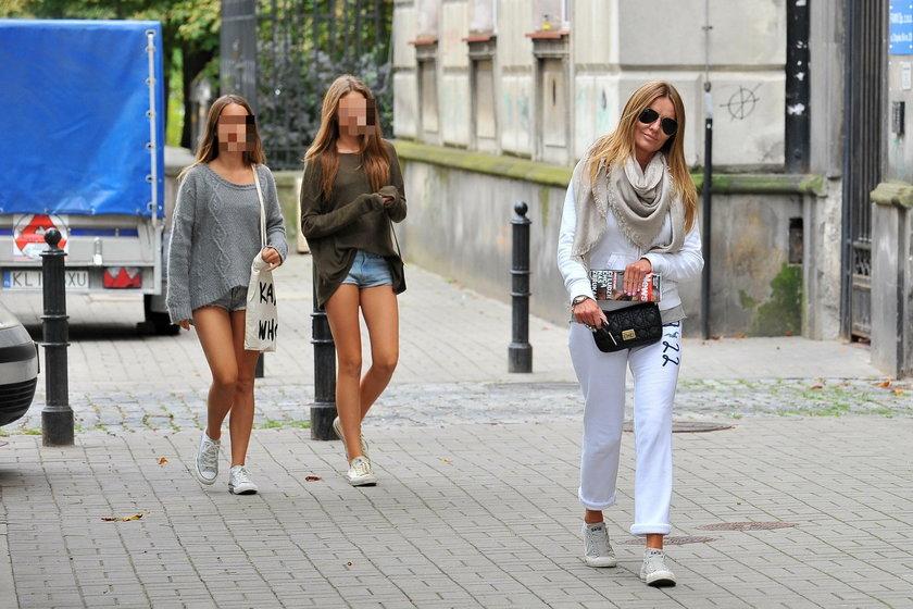 Hanna Lis z córkami