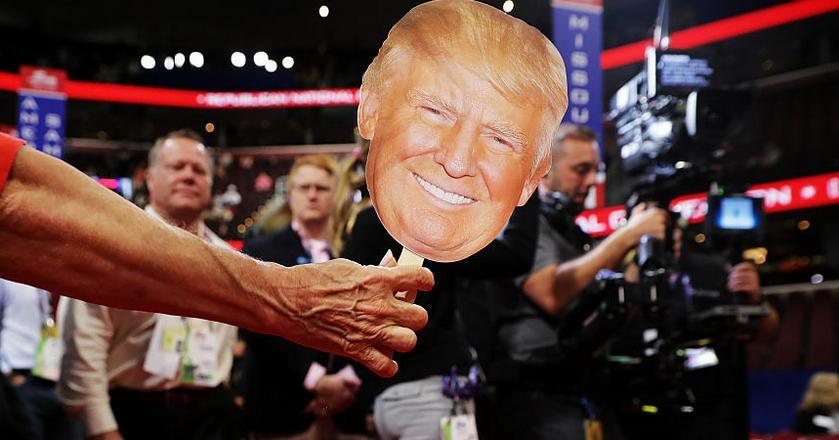 Fake news pojawiły się m.in. przy okazji kampanii prezydenckiej w USA w 2016 roku