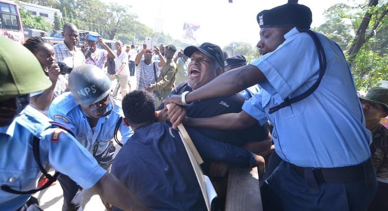 Scores arrested, police lob teargas as Mombasa traders stage protests over order on mandatory hauling of imports on SGR