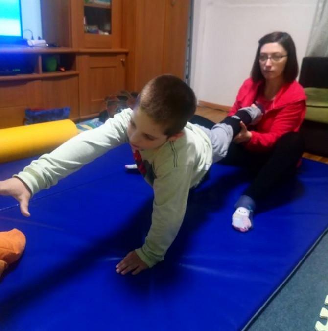 Kod vežbanja mu je mama Milena najveća podrška