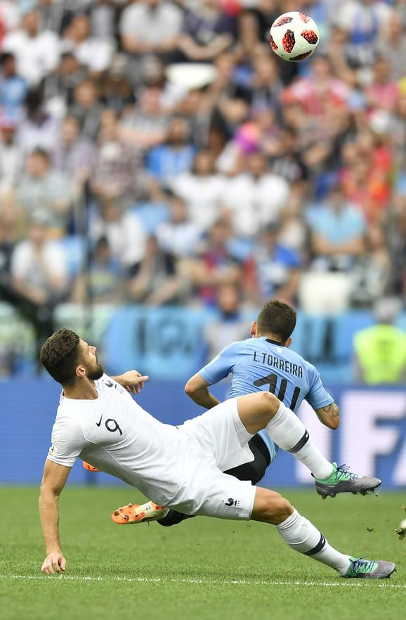 Žiru na meču protiv Urugvajaca