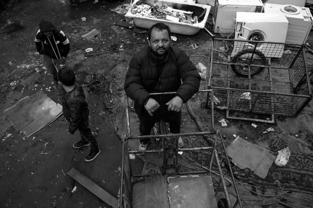 Tokom posete romskom naselju, Sever je imao prilike da se uveri u težak život porodica.