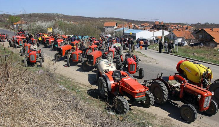 228811_protest-traktorista-vinca-foto-petar-markovic