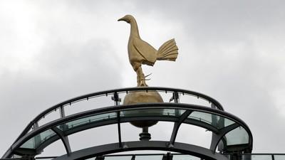 Spurs appoint Mason as interim head coach after Mourinho sacking