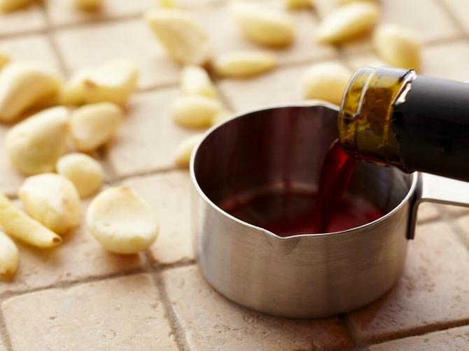 Samo tri kašičice ovog napitka čine ČUDA: Topi masti, jača srce i čisti krv