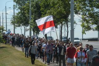 Białoruś: Milicja zatrzymała szefa komitetu strajkowego MAZ Jauhiena Bachwałaua