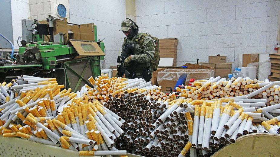 Straż Graniczna zlikwidowała nielegalną fabrykę papierosów