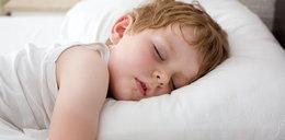 Twoje dziecko zasypia o tej porze? Będzie się źle uczyło
