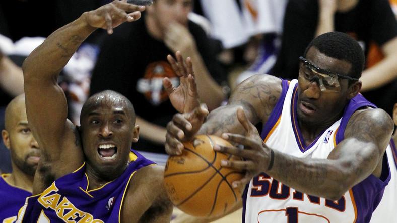 Koszykarze Suns zmniejszają stratę
