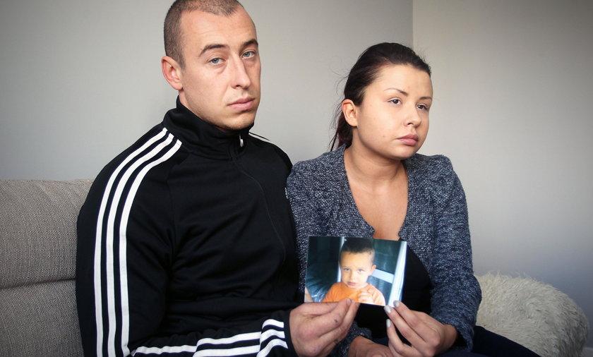 Rodzice oskarżają: Nasz synek umarł w mękach, bo...