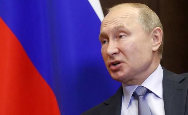 """Władimir Putin określił rozmowę z prezydentem Ukrainy jako """"rzeczową"""""""