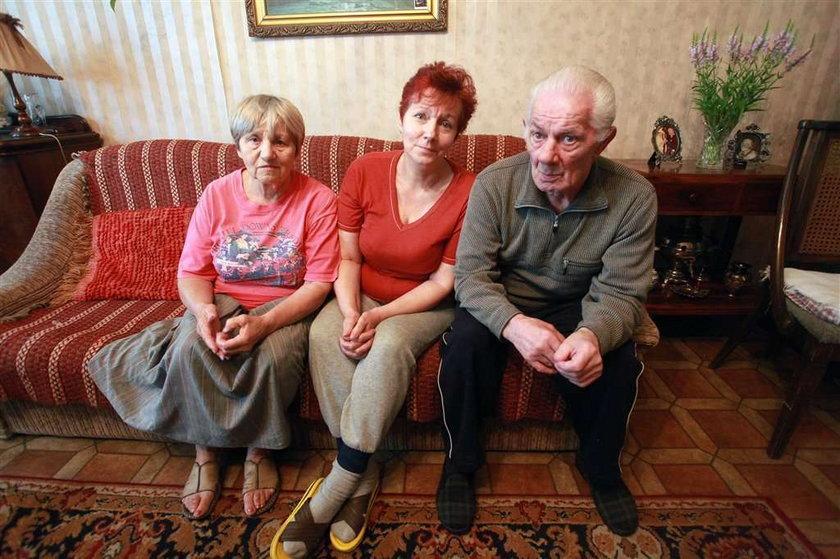 Troje staruszków uratowało kamienicę