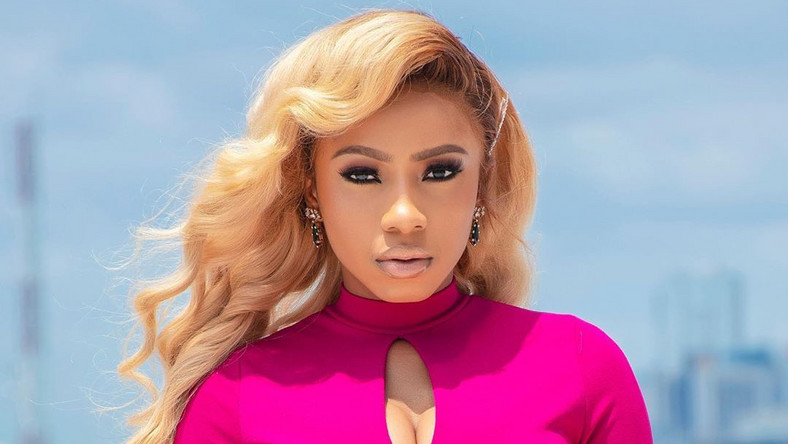 It appears the winner of the last season of Big Brother Naija, Mercy Eke has been overwhelmed with stardom hence she wishes to get her old life back. [Instagram/OfficialMercyEke]